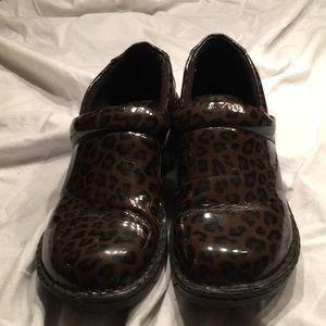 BOC leopard print clogs size 6